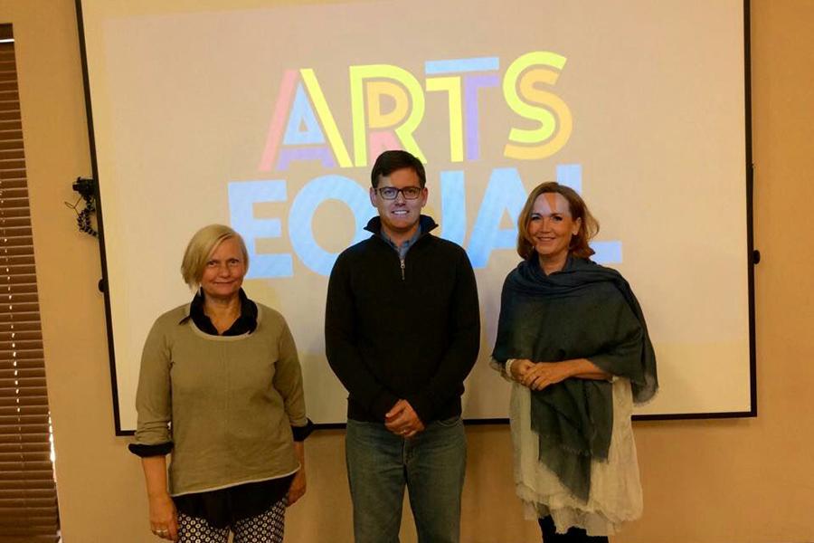 Dr Sari Levänen, Dr Albi Odendaal, Prof Heidi Westerlund
