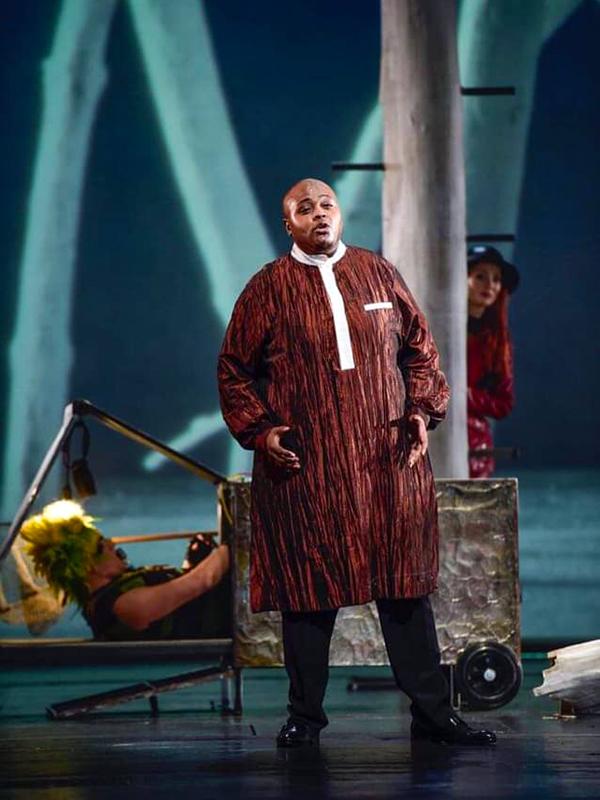 Siyabonga Mqungo in Die Zauberflöte