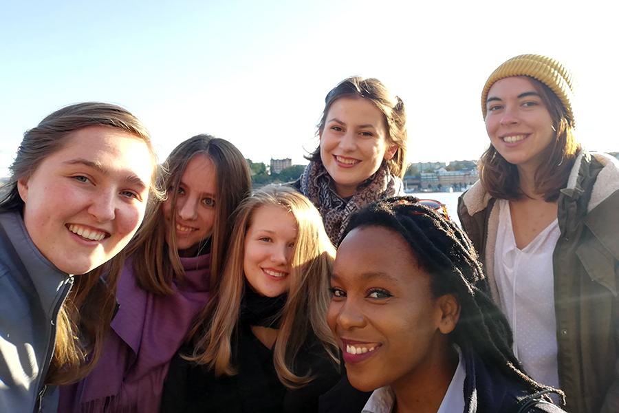 Tarina Wilkinson and international students